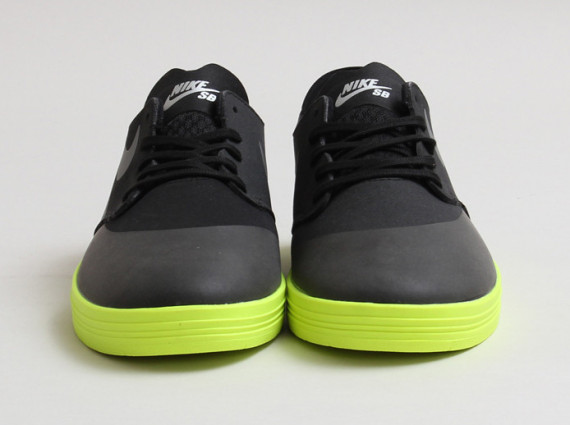 29d28c9dce32 nike-sb-lunar-one-shot-black-reflect-silver- ...