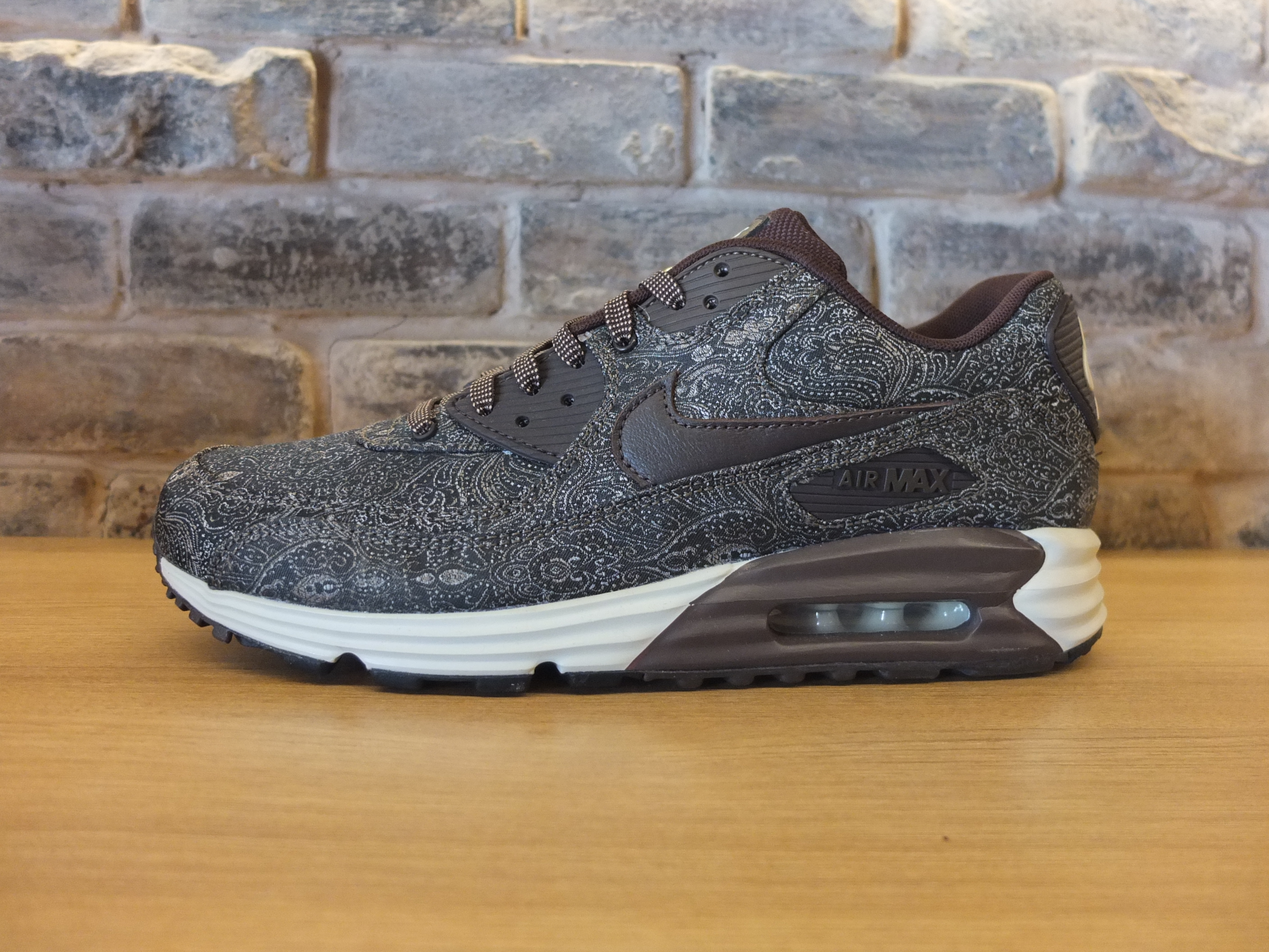 promo code 899a9 dcc4e Nike Air Max Lunar90  Suit and Tie  pack   Kickspotting