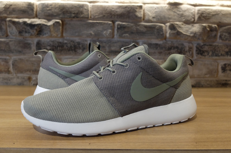 bc9987373abd Nike Roshe Run Cool Grey Green White