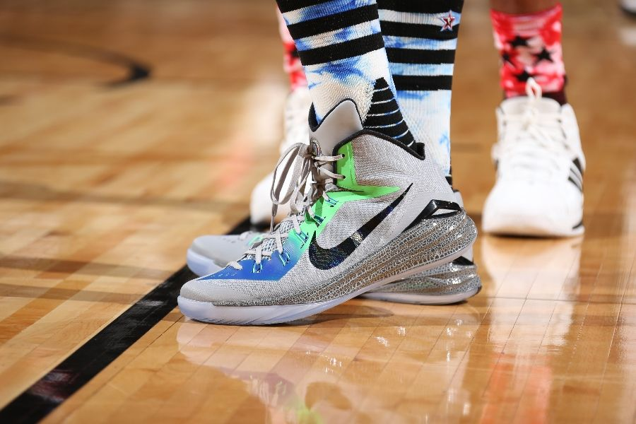 al-horford-nike-hyperdunk-2014-all-star-pe-01