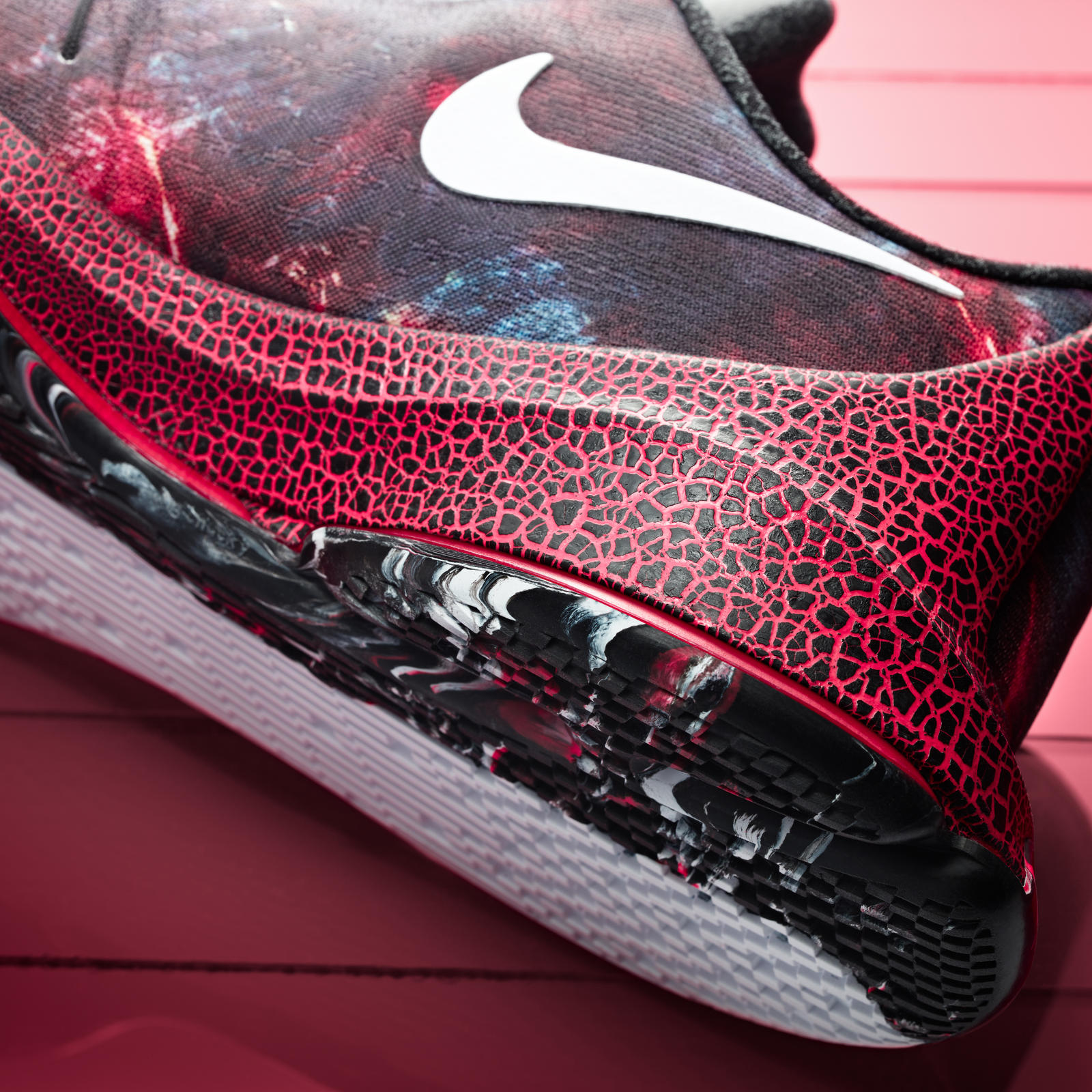 newest 0e4a9 459c0 germany nike kd 8 christmas. color white black bright crimson style code  822948 106. release date december 26th 2015. price 200 09466 e74d9  ebay 15  ...