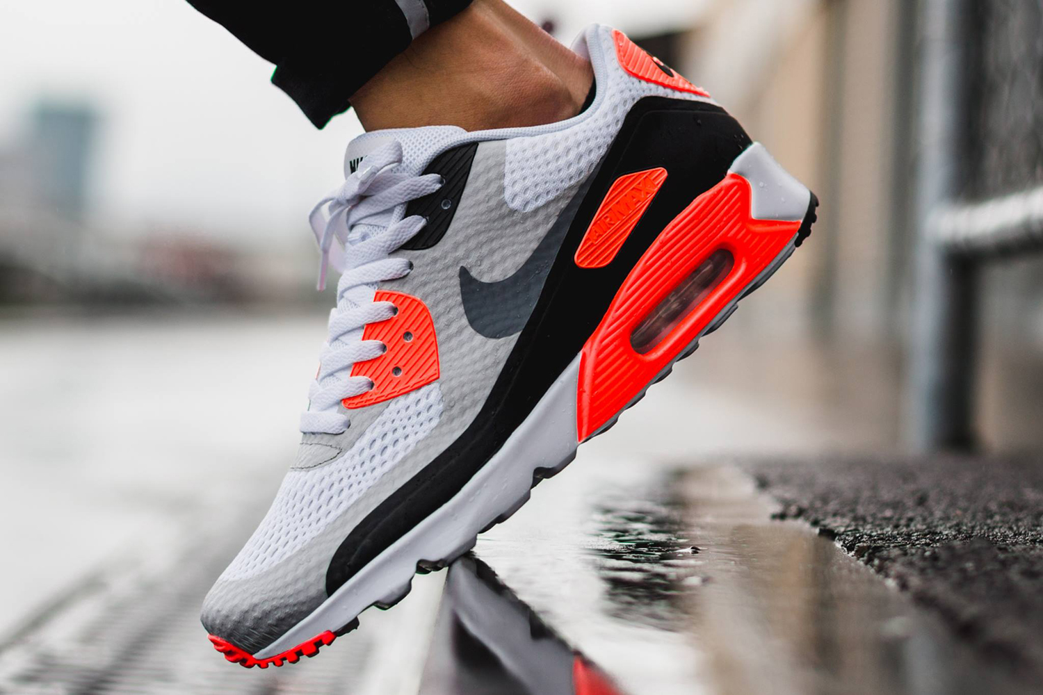 buy online a1591 cd821 Nike Air Max 90 Ultra Essential  Infrared