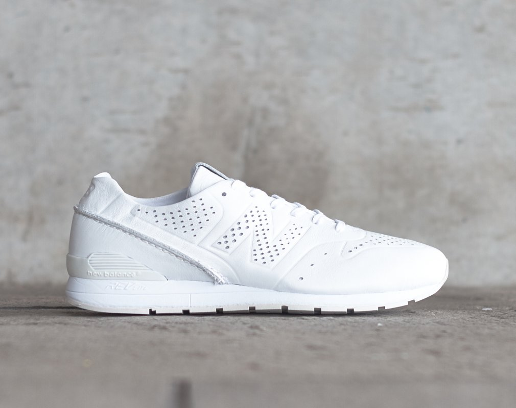 New Balance Deconstructed 996 Goes All White