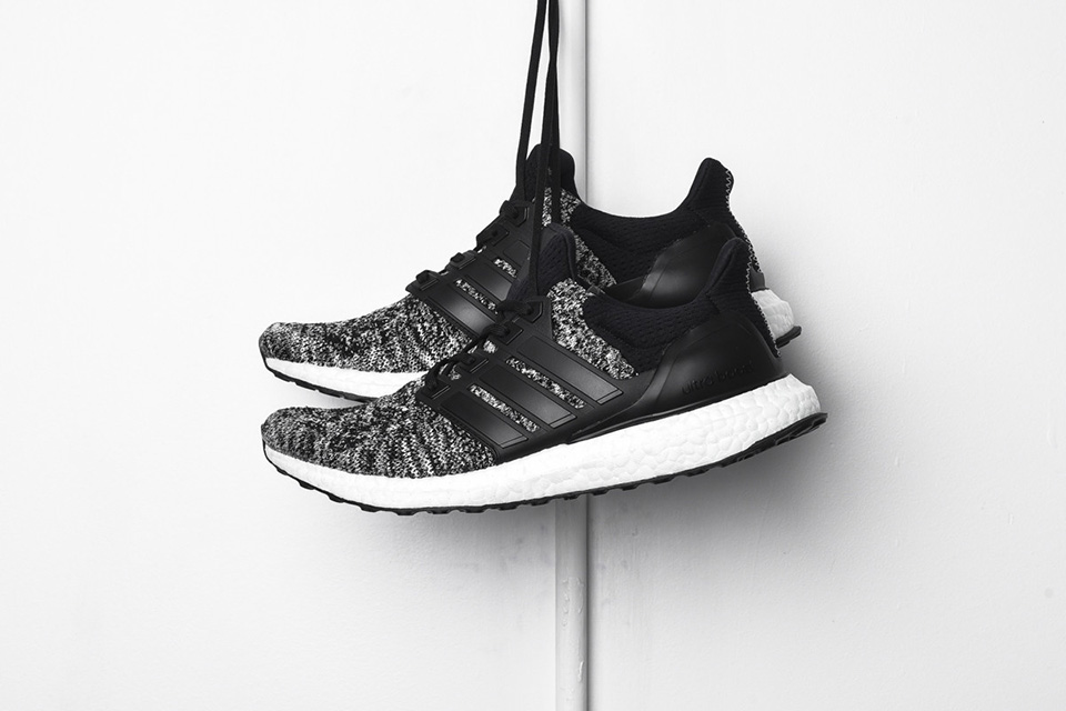 the latest dd5cd 100c1 ultra boost reigning champ shoes