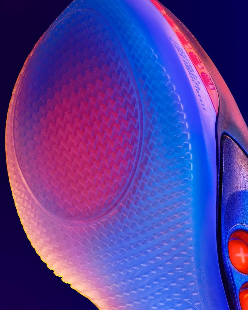 NikeNews_SP20_BB_Nike_Adapt_BB_2.0_Detail_Crop_Zoom_Cushioning_01_native_1600